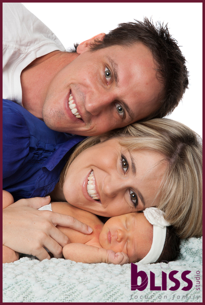 newborn-family-portraits